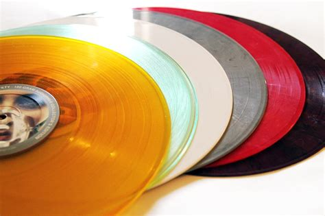 Which Is Better Cd Or Vinyl - do cds sound better than vinyl l a weekly
