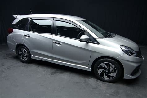 Honda Mobilio 1 5 Rs At 2015 honda mobilio 1 5 rs a t second cars in chiang