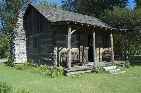 Kentucky Log Cabins by The Pioneer Log House In Kentucky Breeds Picture