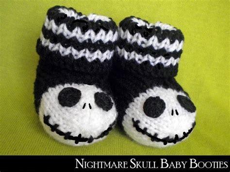 knitting pattern jack skellington jack skellington baby booties knitting pinterest