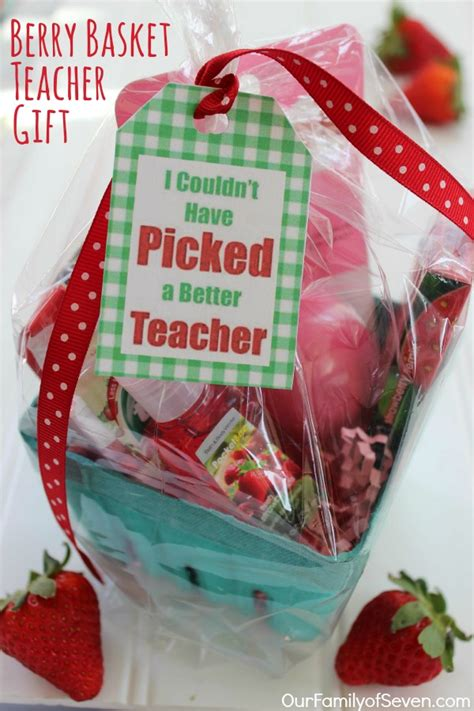 middle school christmas ideas for teachers berry basket gift ourfamilyofseven