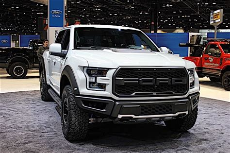 ford raptor chicago 2017 raptor at chicago auto show 1 ford trucks