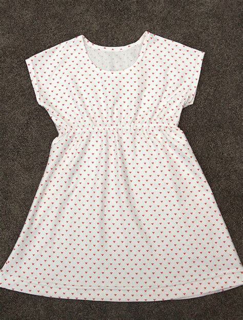 simple pattern for little girl dress the play all day dress free girls dress pattern in 6