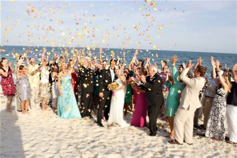 Chic Bahamas Weddings Named Winner in The Knot Best of