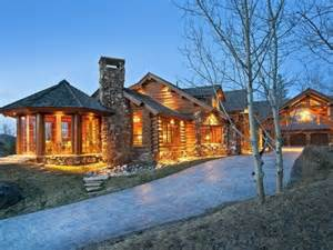 modern log cabin homes luxury log cabin home luxury mountain log homes