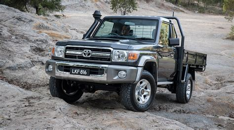 land cruiser 2017 2017 toyota landcruiser 70 series australian updates