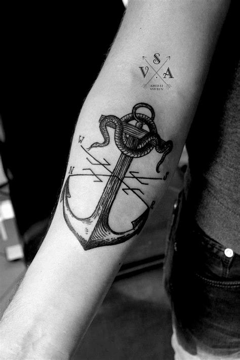 tattoo artist without tattoos really cool anchor but without snake or x thing