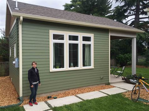Build Small, Live Large: Portland?s Accessory Dwelling