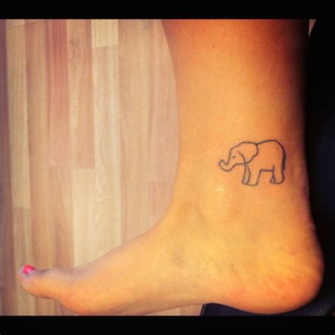 elephant outline tattoo alright elephant lovers muh new elephant tattoo