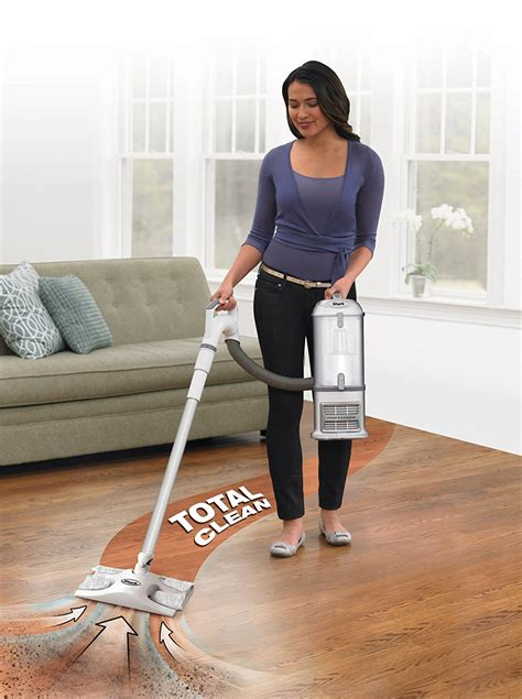 vacuum the carpet shark navigator lift away professional vacuum nv370