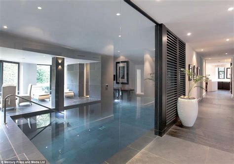 interieur sport paul pogba manchester united star paul pogba buys 163 2 9m mansion