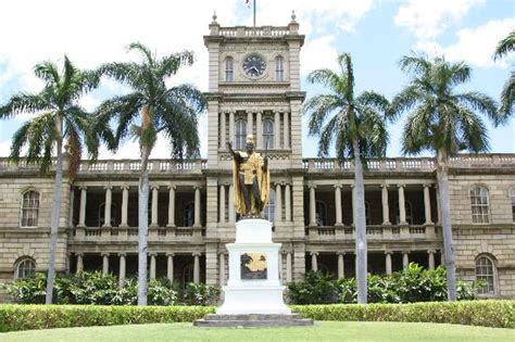 Hawaii Judiciary Search King Kamehameha Statute Hawaii Supreme Court Picture Of Honolulu Harbor Honolulu
