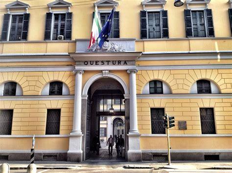 questura di ufficio immigrazione via montebello 26 chiedeva soldi in cambio dei permessi di soggiorno