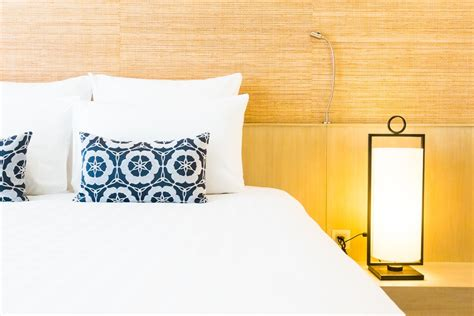 real deal bedrooms 5 tricks to tell if those hotel room photos are staged or