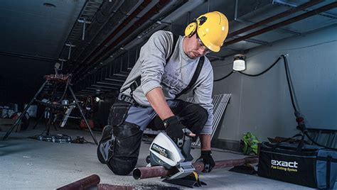 Cutting Plumbing Pipe by Pipe Cutter Cut Pipes Fast And Accurately Exact Pipe