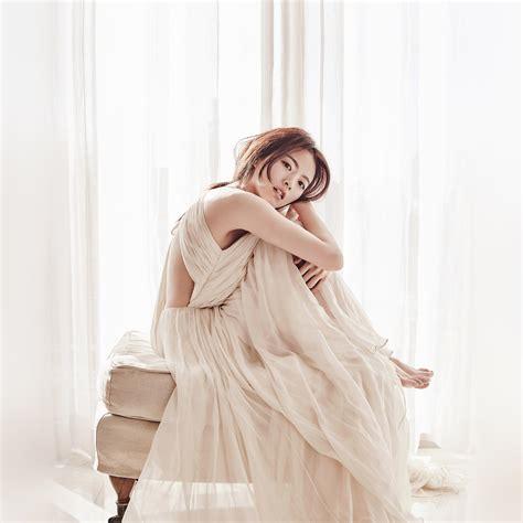 Wedding Dress Kpop by Hl27 Kpop Wedding Dress White Wallpaper