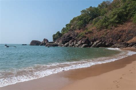 butterfly beach here s why you shouldn t miss butterfly beach in goa