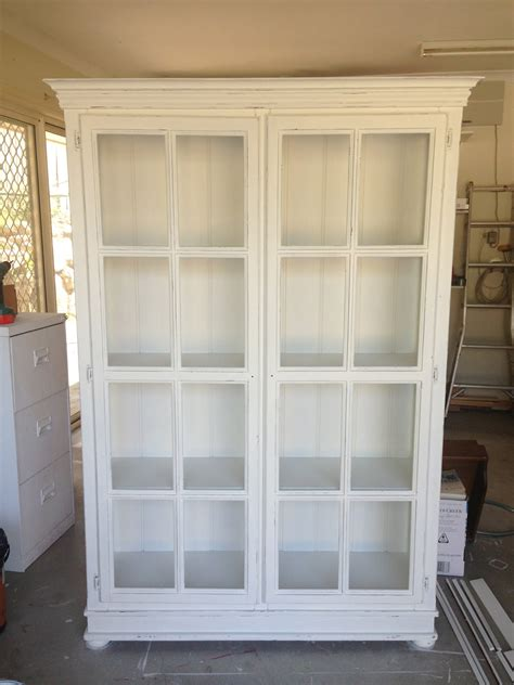 Large Antique White Bookcase Doherty House Create An Vintage White Bookcase