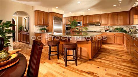 kitchen wood flooring ideas honey oak kitchen cabinets kitchen wood flooring ideas honey oak kitchen cabinets