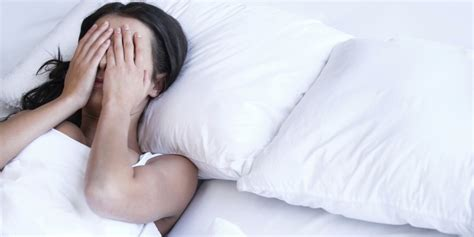 freaks in bed 7 things that freak her out in bed askmen