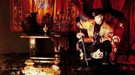 tino casal lagrimas de cocodrilo el museo del traje entroniza a tino casal como icono de la