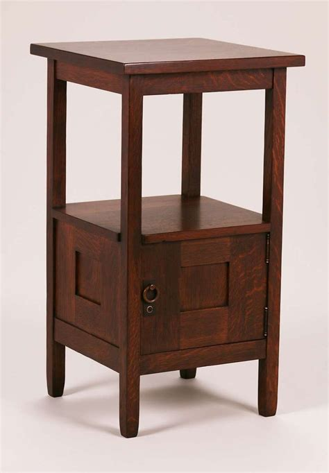How To Refinish Nightstand by 1000 Ideas About Refinished Nightstand On
