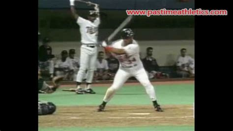 the perfect baseball swing in slow motion kirby puckett slow motion baseball swing hitting