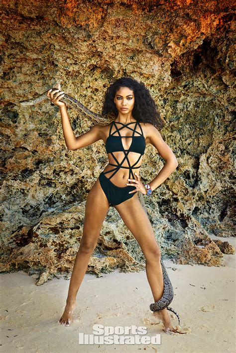 chanel iman gallery chanel iman 2016 swimsuit photo gallery si