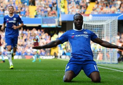 epl november player of the month worldlywap net victor moses named epl african player of