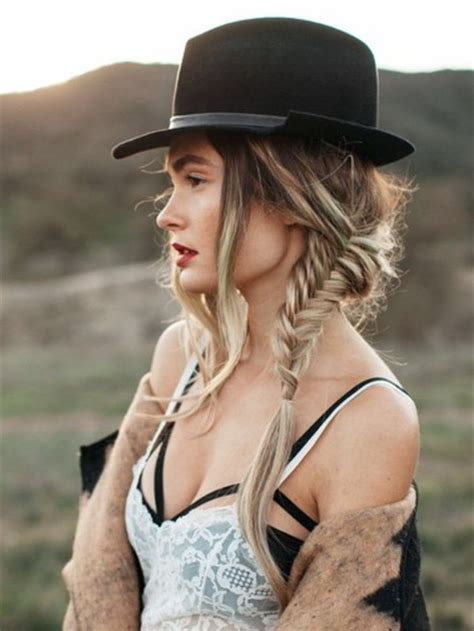 Coolest Hairstyles to Wear with Hats   Hairstyles 2018 New