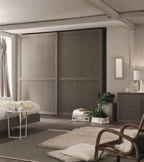 armadio a due ante scorrevoli armadio maronese moderno a due ante scorrevoli olmo grigio
