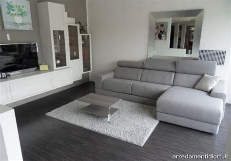 divani moderni grigi divano bond con seduta e poggiatesta regolabile diotti a