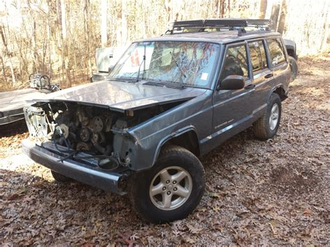 Xj Jeep Parts We Are Parting Out A Complete 1999 Jeep Xj 4x4