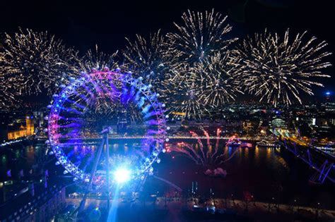 new year celebrations uk 2016 new year s celebrations begin in style as australia