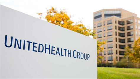 stock united healthcare late rally fuels some new highs unitedhealth breaks out