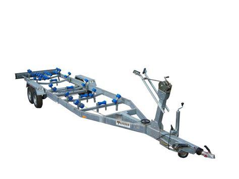 carrelli porta imbarcazioni usati carrello barca 1000 kg usato vedi tutte i 23 prezzi