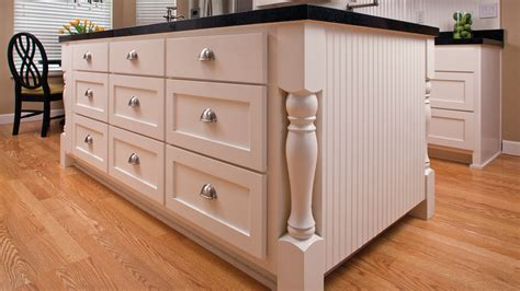 how much does kitchen cabinet refacing cost what does it cost to reface kitchen cabinets cabinets