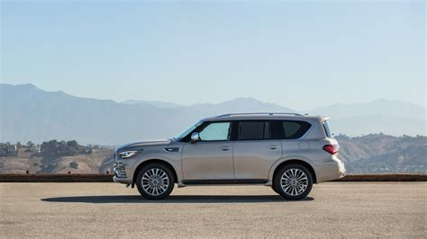 infiniti jeep infiniti updates its qx80 land yacht for 2018 autotribute