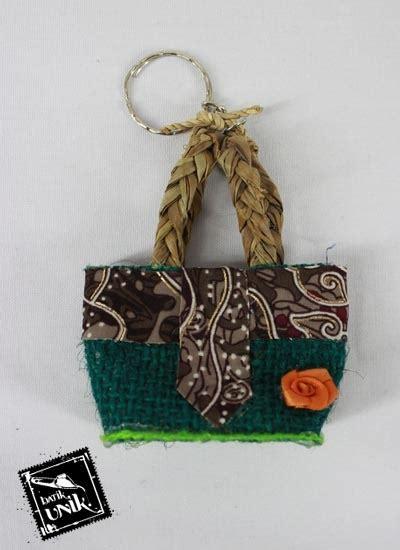 Tas Bentuk Bunga gantungan kunci tas goni bunga motif batik kepulauan
