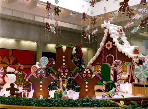 animated gingerbread men colorful christmas decorations