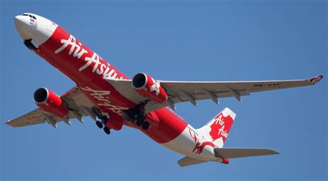 airasia airlines the hunt for airasia qz8501 why don t aircraft have real