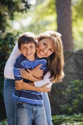 single moms with feminine sons books on single mothers raising teenage boys our