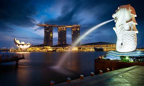 tourist spending  singapore increases   due