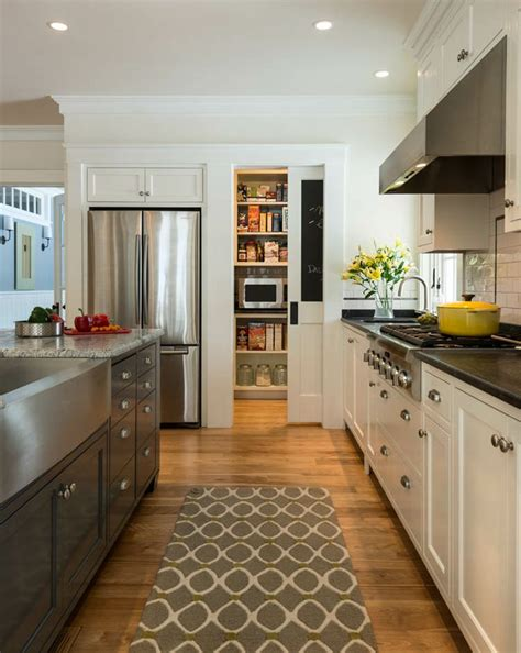 Difference Between Kitchen And Pantry by Custom Kitchen And Pantry By Wright Millwork Runner