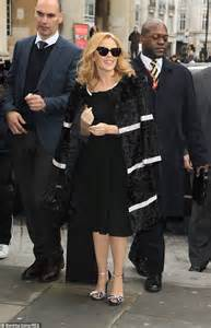 Minogue Says That She Likes Big Black Snarky Gossip 2 by Minogue Joins Will I Am For New Series Of The Voice