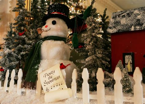 december  quotes  sayings  celebrate  holiday month