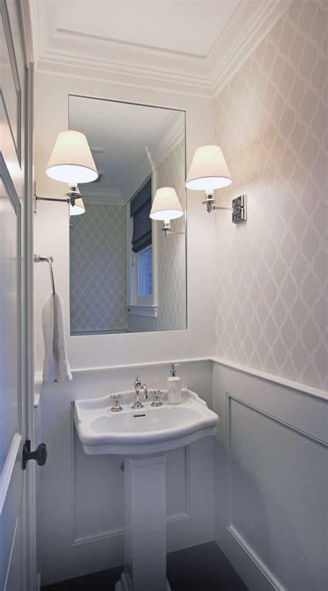 bathrooms with chair rail molding 25 best ideas about crown molding mirror on