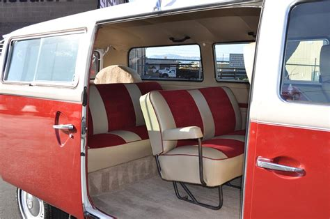 1978 Volkswagen Transporter Custom Bus 108658