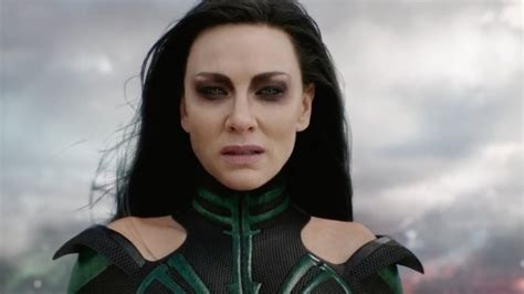 Get The Look Cate Blanchetts Feathered Tresses 2 by Cate Blanchett S Turned To The Side In Thor