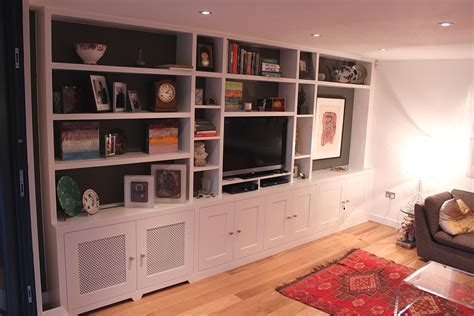 fitted bookcase around tv unit chelsea